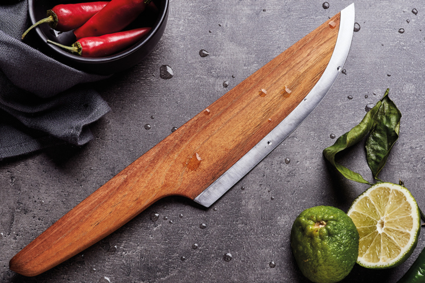 SKID - The First Wooden Chef Knife